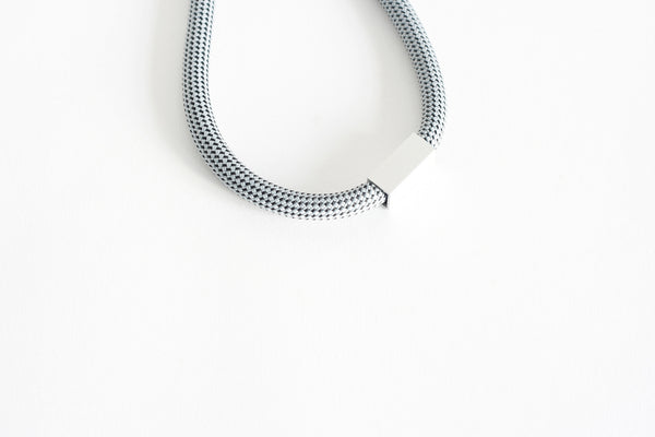 Hall Necklace 03