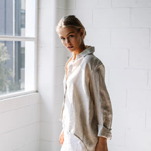 Load image into Gallery viewer, Lizzie Linen Shirt - Sand