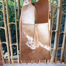 Load image into Gallery viewer, Travel Bag - Cowhide