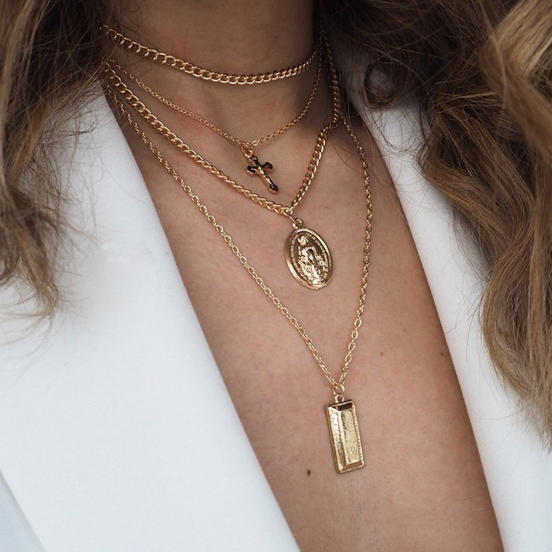 ST JAMES GOLD NECKLACE