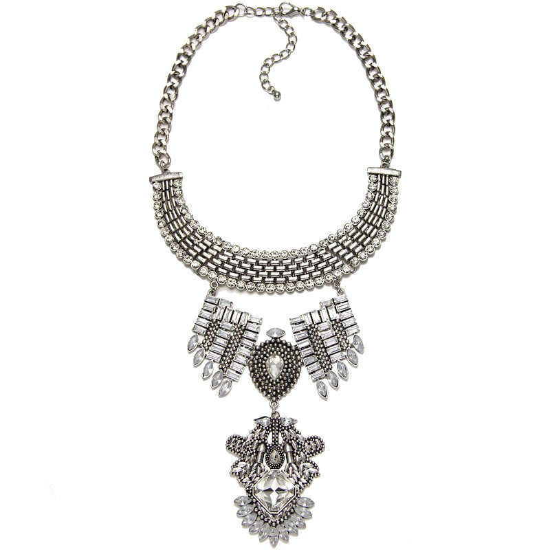 Temple statement necklace silver | AURA