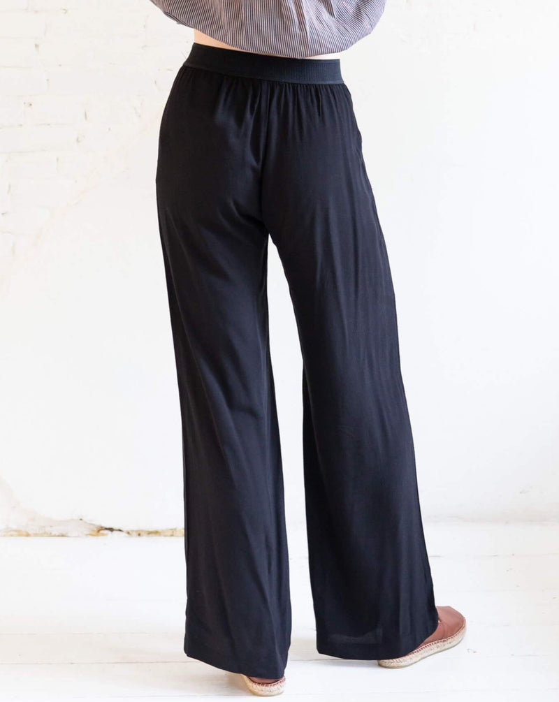 Nessie trousers - Black