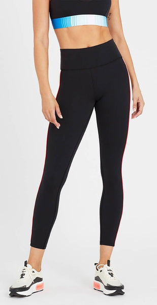 products/19PE2G025_Lineal_Success_Legging_Black_1.jpg