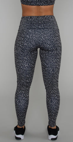 products/2236_TechLegging_HoneyLeopard-3.jpg