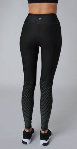 products/31851_X_Speedy_Core_Legging_Army_resized-5.jpg