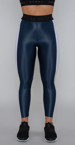 products/A2140HCS04_Emblem_Infinity_cropped_legging_midnight_blue_resized.jpg