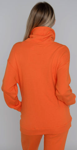 products/A6346F74_Nuveau_matte_pullover_Jasper_orange_resized-5.jpg