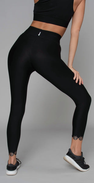 products/ALUX11002078H_Sprinter_High_Siren_Legging_Nero_Brushed_Rose_resized-4.jpg