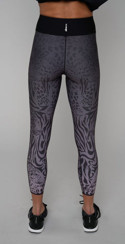 products/ASLK11002068H_Sprinter_High_Pantera_Legging_Lavendar_Graphite_resized-3.jpg