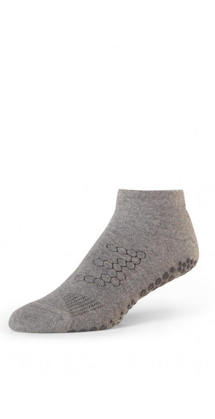 products/B0102_low_rise_grip_socks_resized-1-2.jpg