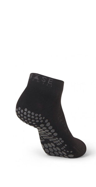 products/B0102_low_rise_grip_socks_resized-1.jpg