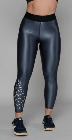 products/HS-4-067_Luminous_Legging_Rocky_Silver_resized.jpg