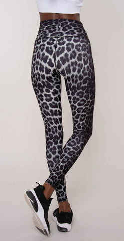 products/Leopard_Black_Legging_Black_resized-3.jpg