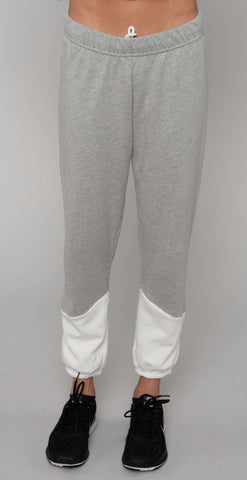 products/ML-7185-GSA_Melbourne_Chevron_Sweatpant_Milk_Htr_Gray_resized-3.jpg