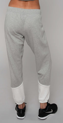 products/ML-7185-GSA_Melbourne_Chevron_Sweatpant_Milk_Htr_Gray_resized-5.jpg