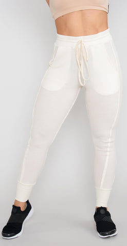 products/TG6P-004_EverestThermalPant_HeatherCoastEcru_resized-2.jpg