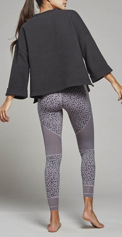 products/VAR00345_Jenny_Sweat_Black_1.jpg