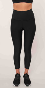 Alo Yoga High Waist Airlift Capri Black