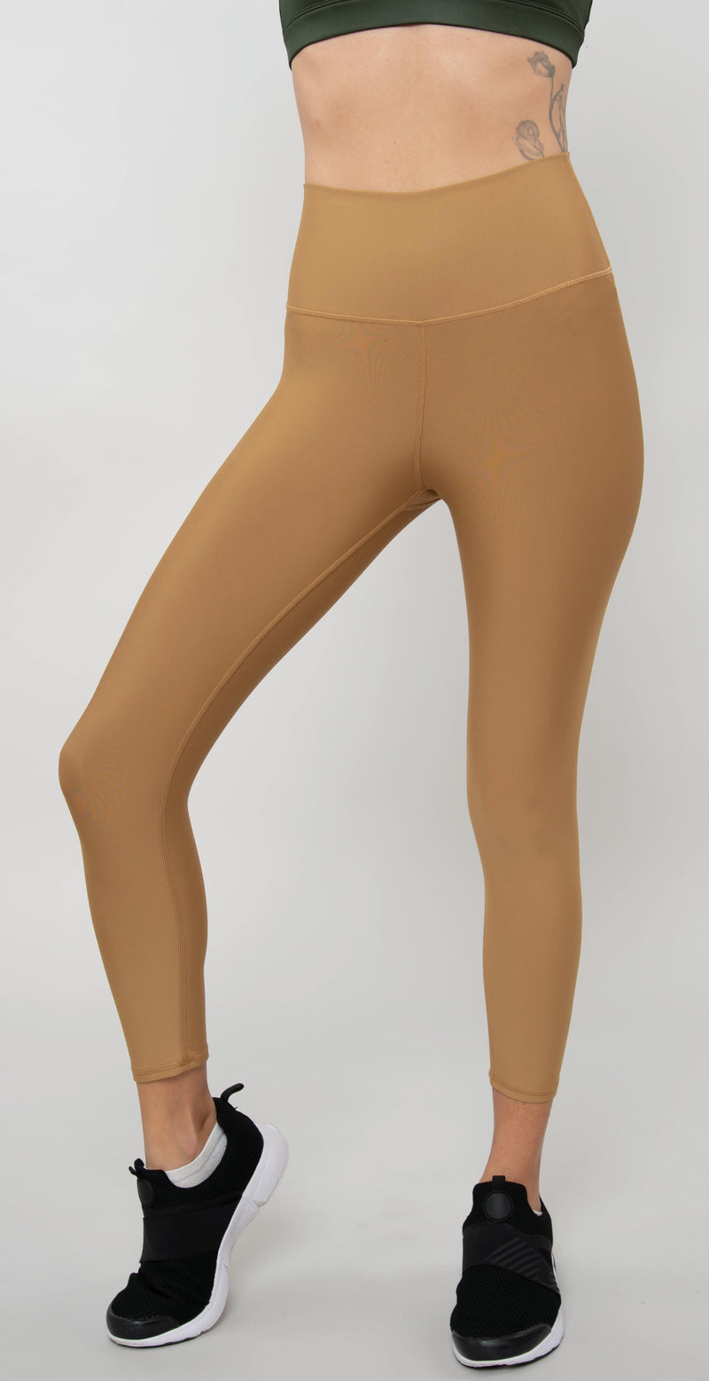 Alo Yoga High-Waist Airlift Capri Caramel