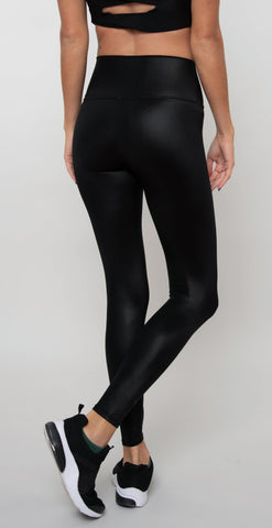 products/W5768R_7-8HWShineLegging_BlackShine_resized-3.jpg