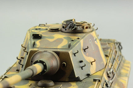 Detailed images of the Eduard German PZ. KPFW. VI AUSF. B TIGER II Weekend Edition