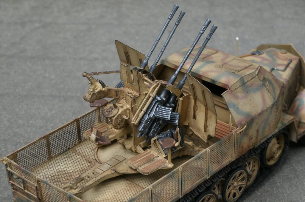 Trumpeter 01524 1//35 Flakvierling 38 Sd.Kfz.7//1 Late