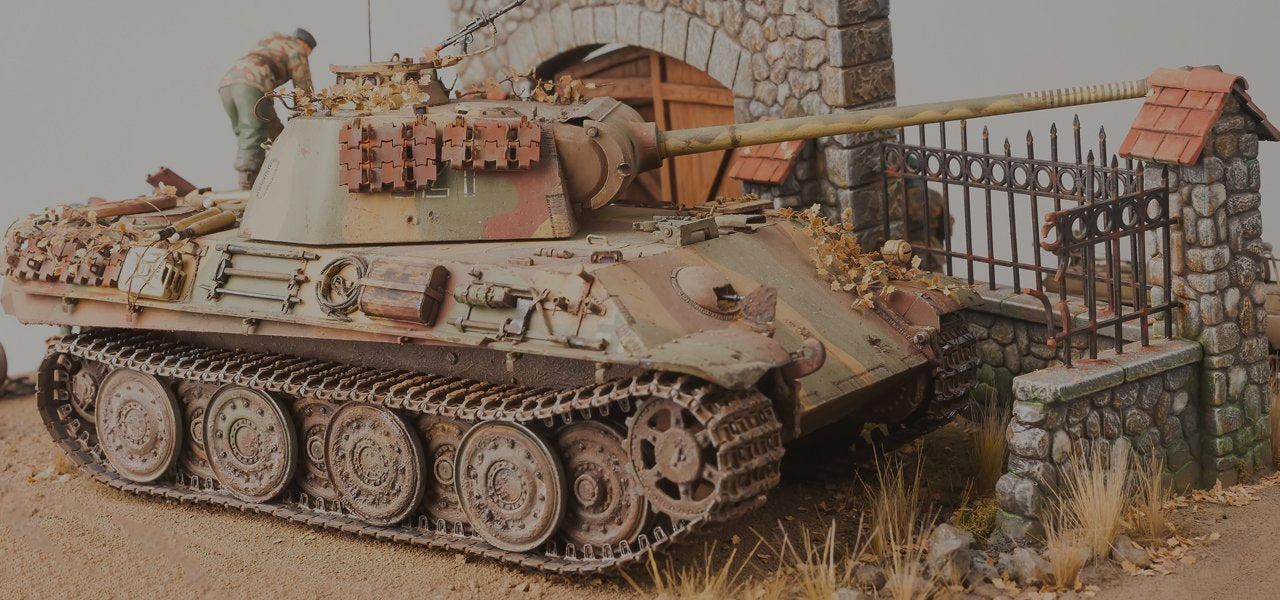 Panzer Models 1/35 scale model Miniart T-55 with Interior
