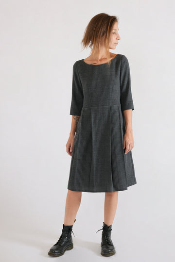 MID DRESS in high-segment wool