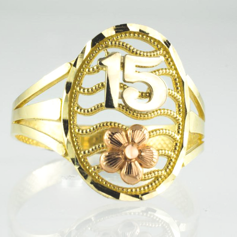 14 Kt Gold Tricolor Quince Años Ring