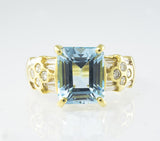 18 Kt Yellow Gold Blue Topaz & Diamond Ladies' Ring