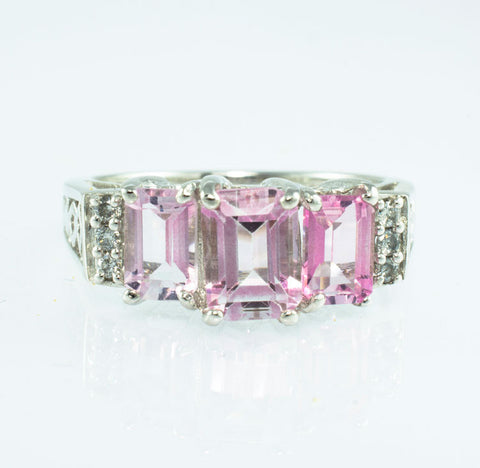 14 Kt White Gold Rose Quartz & Diamond Ladies' Ring