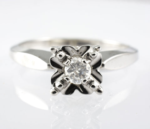 14 Kt White Gold Diamond Ring