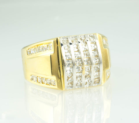 14 Kt Yellow Gold C/Z Men's Ring