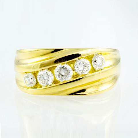 18 Kt Yellow Gold Diamond Wedding Band