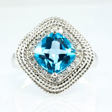 18 Kt White Gold Blue Topaz & Diamond Ladies' Ring