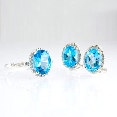 14 Kt White Gold Blue Topaz & Diamond Set