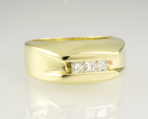 18 Kt Solid Yellow Solid Gold Diamond Wedding Band