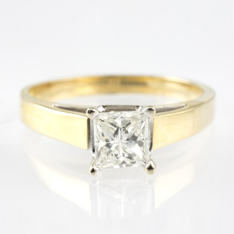 14 Kt Gold Two Tone Diamond Ring