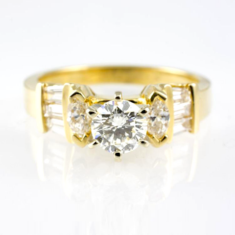 14 Kt Yellow Gold Engagement Diamond Ring