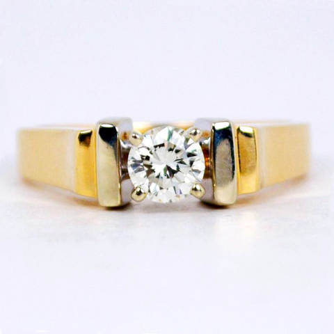 14 Kt Two Tone Gold Diamond Ring