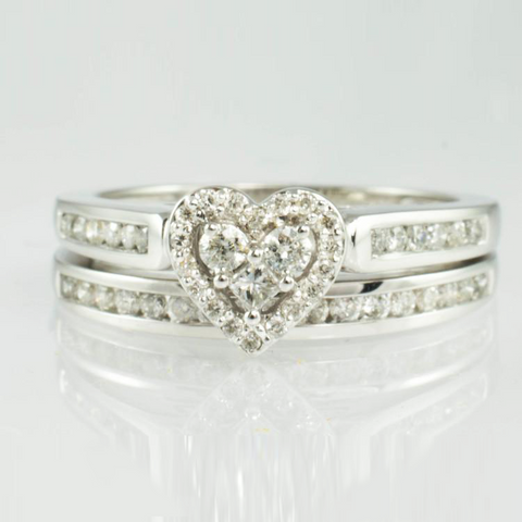 14 Kt White Gold Diamond Heart Ring Set