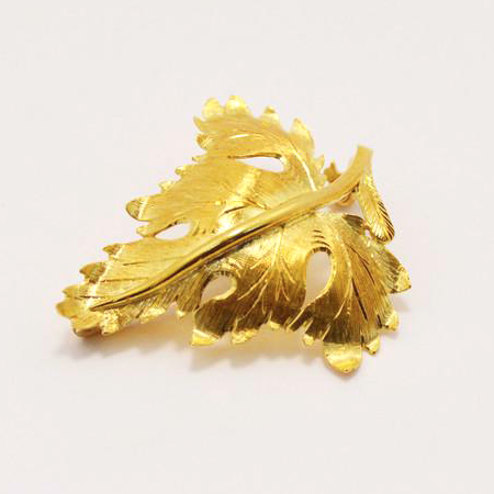 18 Kt Yellow Gold Leaf Brooch