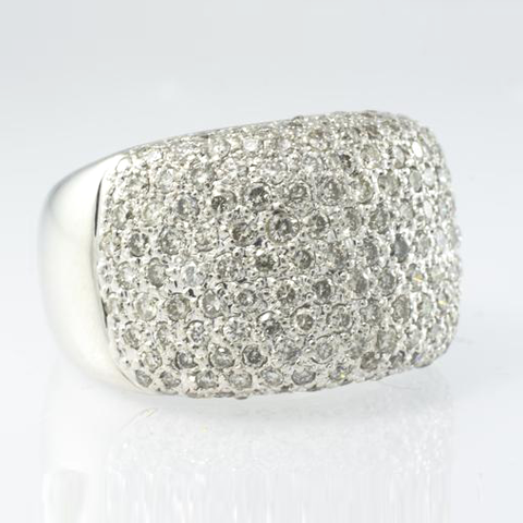 18 Kt White Gold Ladies' Diamond Ring