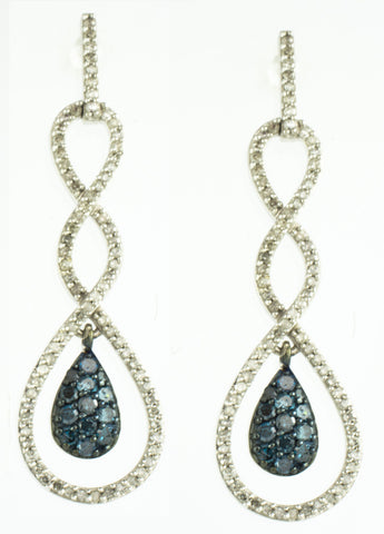 10 Kt White Gold White & Blue Diamond Earrings & Pendant Set