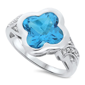 Clover Blue Topaz Ring