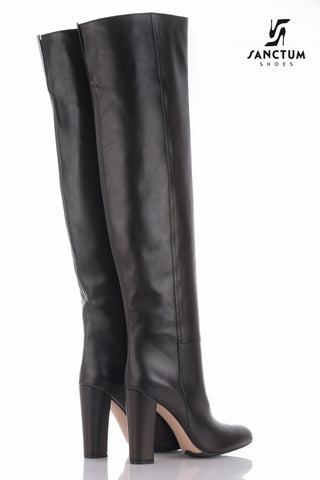Italian overknee boots with chunky heels in fine black leather