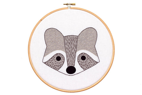 Raccoon Cub - Hoop Art Kit