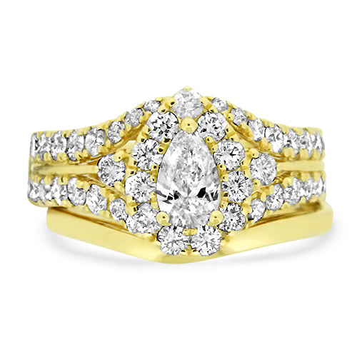 Yellow Gold Wedding Set