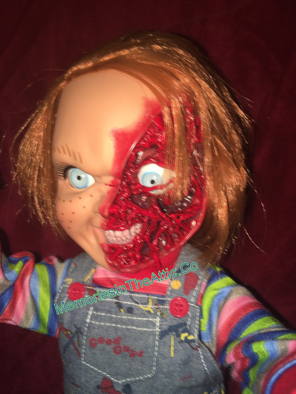 Mezco Child's Play 3 Talking Pizza Face Chucky Doll Mega Size 15