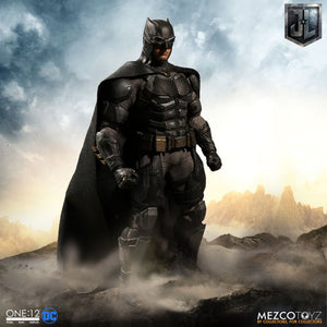 Mezco One:12 Tactical Suit Batman Action Figure 2 Heads 1:12 DC Comics 112